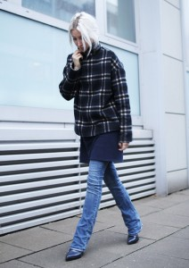 Ganni, Check, Kariert, Turtleneck, Jumper, Flared, The Reformation, Stella McCartney, blau, Blue, ootd, Outfit, lotd, Look, Streetstyle, Fall, Herbst, Fashion, Blog, stryleTZ