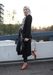 Mantel, schwarz, Coat, Missguided, Pumps, Asos, Comme des Garcons, PLAY, Stripes, Bandana, Mom Jeans, Stella McCartney, Falabella, Herbst, Look, lotd, ootd, Streetstyle, Fashion, Blog, stryleTZ