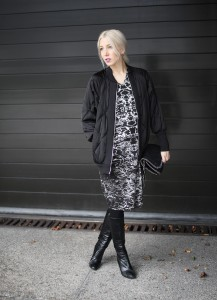Silvester Look, Maison Suneve, Stiefel, Vintage, Bomberjacke Zara, Stella McCartney, Falabella, Black, Party, Look, Outfit, ootd, lotd, Streetstyle, Inspiration, chic, Fashion, Blog, stryleTZ