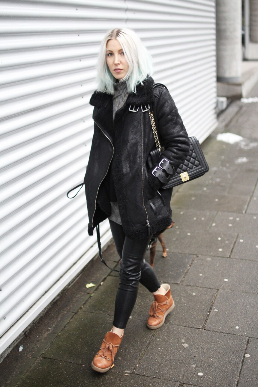 Call me Kylie, Kylie Jenner Hair, Pastell Hair, Black, Designers Remix, H&M Conscious, Ganni, Pepe Jeans, Moschino, Winter, Inspiration, lotd, Look, ootd, Style, Streetstyle, Fashion, Blog, stryleTZ