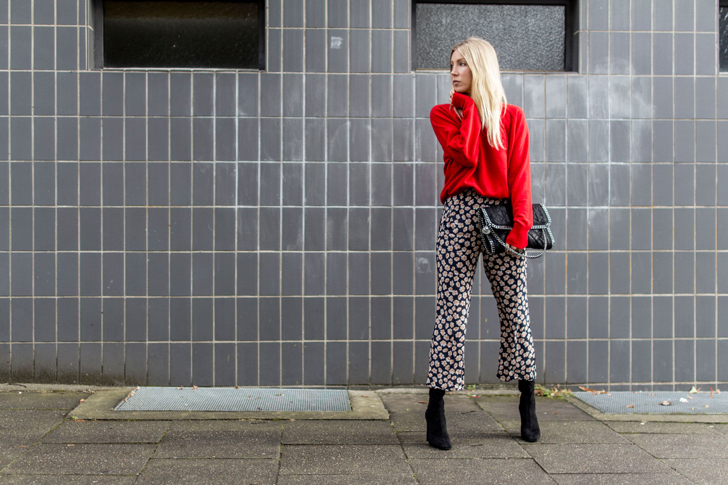 Maska, Pullover, Rot, red, Fall2017, Strick, Ganni, Pants, StellaMcCartney, ootd, lotd, Look, Outfit, Streetstyle, Bloggerstyle, Fashion, Eco, Ethical, Fair, Blog, stryleTZ