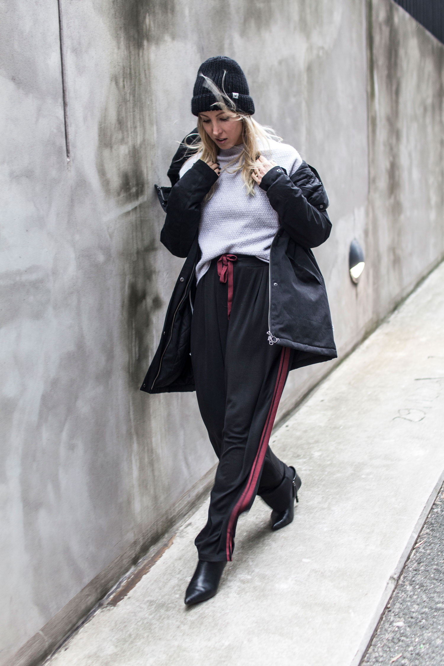 Windige Zeiten, windy. Limeme.ch, Cleptomanicx, Maas Natur, Hessnatur, Parka, Jacken Winter, 2017, Fair Fashion, Outfit, Inspiration, Look, lotd, ootd, Eco, Ethical, Green, Sustainable, Fashion, Blog, stryleTZ